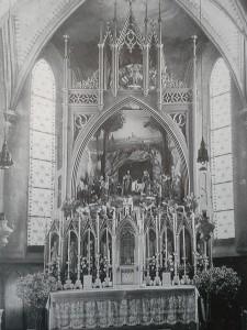 Fügen Pfarrkirche neugot. Hochaltar mit Krippe